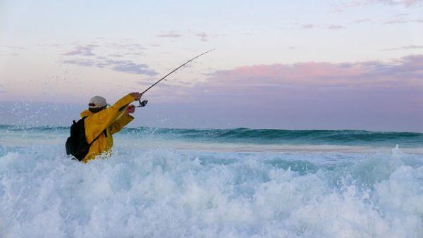 ロッドケースは釣り場に合せて使い分けよう!ロッドケース10選