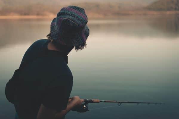 釣りの服装で悩まない!釣りに行く服装のポイントはこれ!