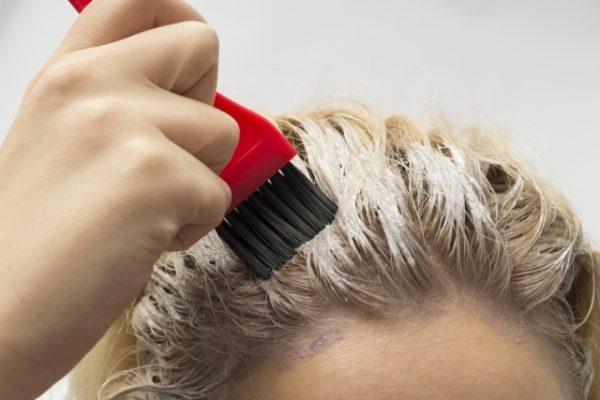 【女性に朗報】つむじがはげてきた?女性の薄毛を治す方法